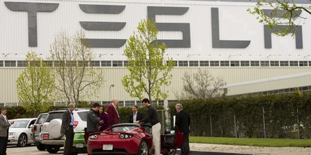 Tesla cuts Model 3 prices in China