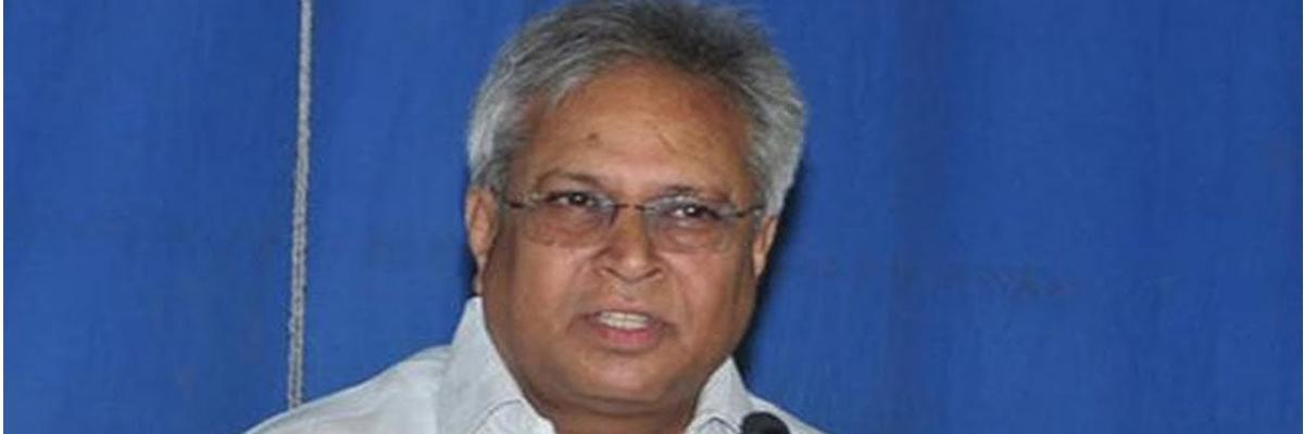 Andhra Pradesh Has 52 Lakh Bogus votes: Undavalli