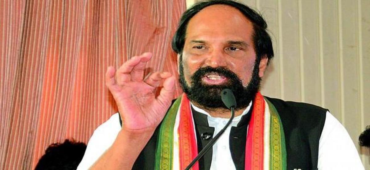 Telangana NRIs demand apology from Uttam Kumar for calling KTR dishwasher