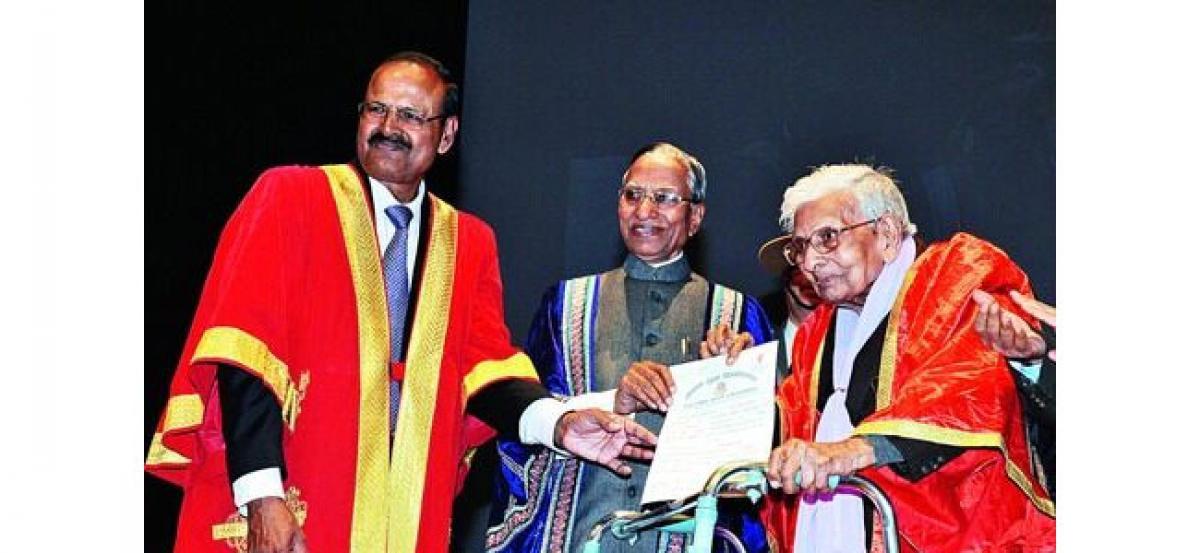 98-year-'young' receives masters from Nalanda