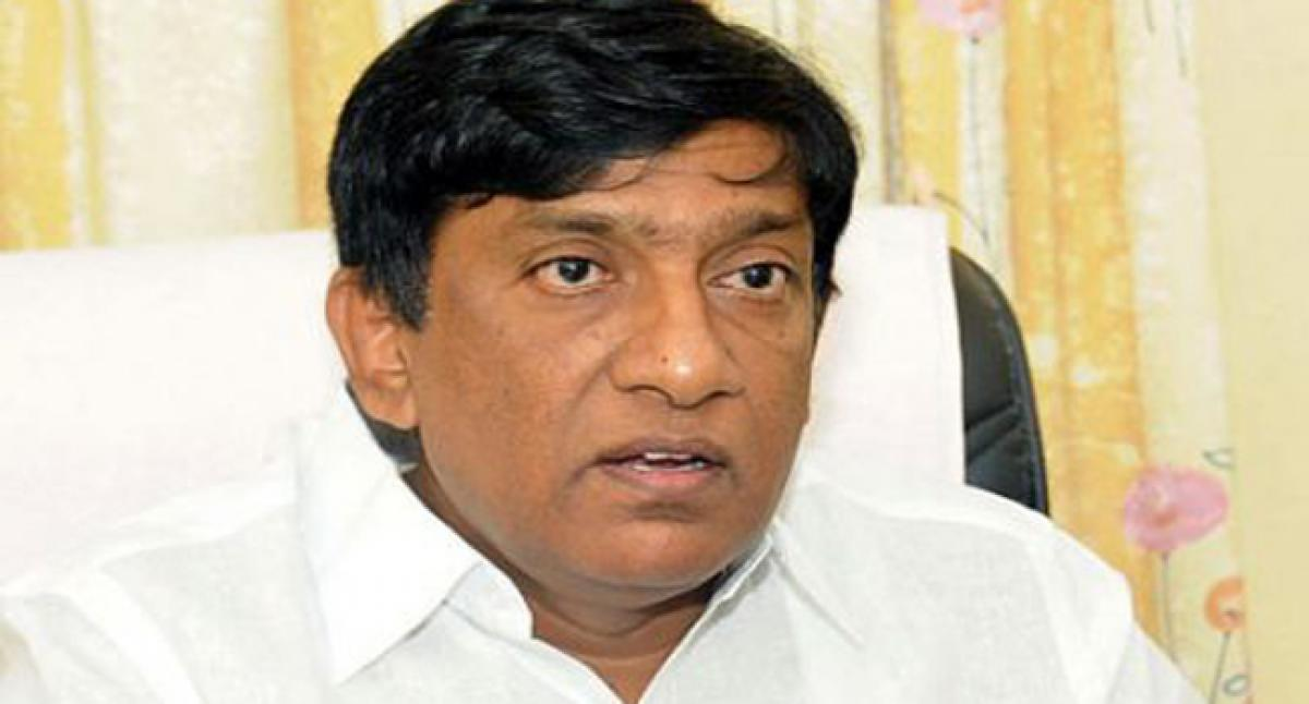 KCR's visit to Delhi not linked to early elections: Vinod