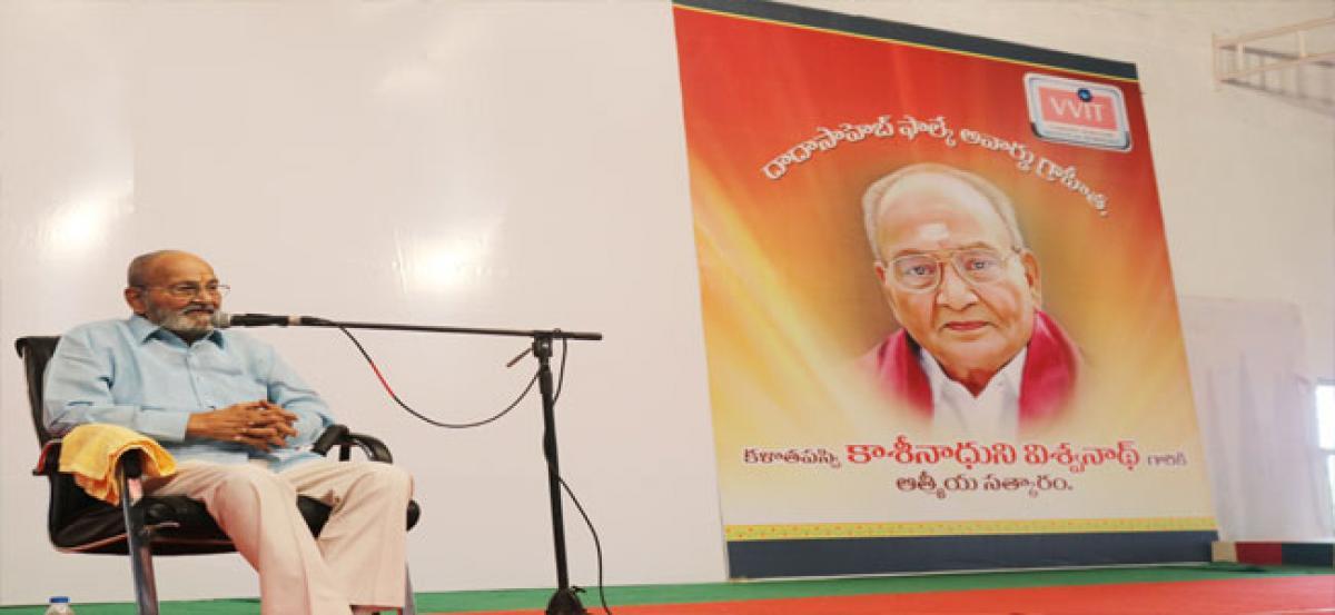 Veteran director Viswanath felicitated