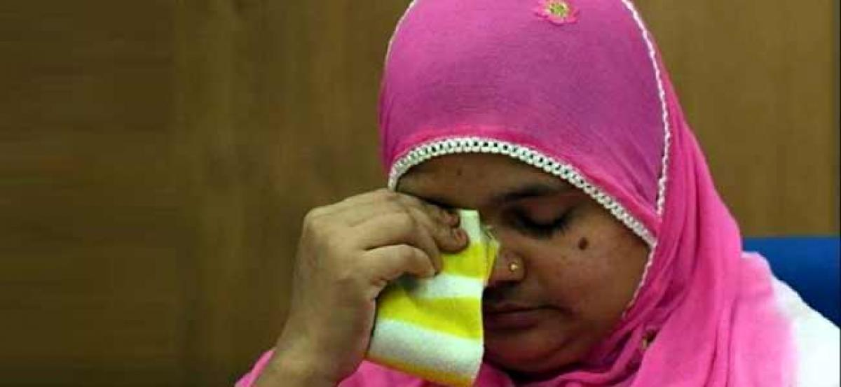Bilkis Bano case: Gujarat gets 6 more weeks to tell SC on action taken against convicted cops