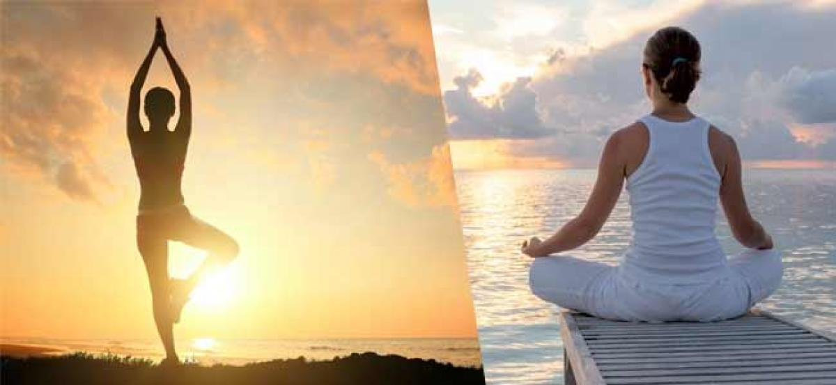 Now achieve the inner peace with 15 minute calming yoga
